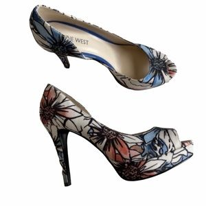 NINE WEST WHITE FLORAL PEEP TOE PLATFORM HEELS